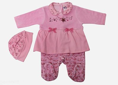 شستشوی لباس نوزاد با تاید یا صابون؟