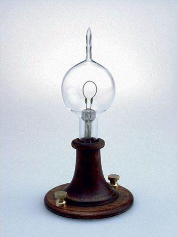ادیسون مخترع مشهور اما خنگ