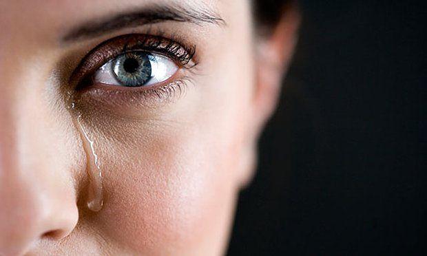 جلوی گریه را نگیرید و اشک بریزید