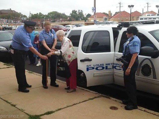 پیرزن 102 ساله بخاطر جوراب رنگی بازداشت شد