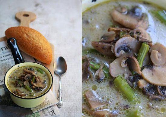 سوپ قارچ و مارچوبه را حتما امتحان کنید