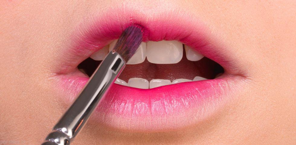 آموزش آرایش لب به سبک گرادینت