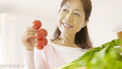 گوجه فرنگی مرطوب کننده طبیعی پوست