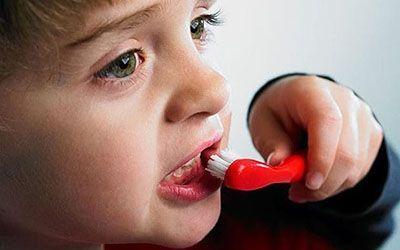 دندان شیری کودکان را زود نکشید