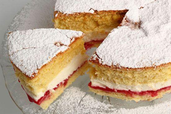 پخت کیک و شیرینی و ترفندهای کاربردی