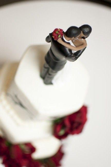 عکس های عاشقانه عروس و داماد در حال عشق بازی