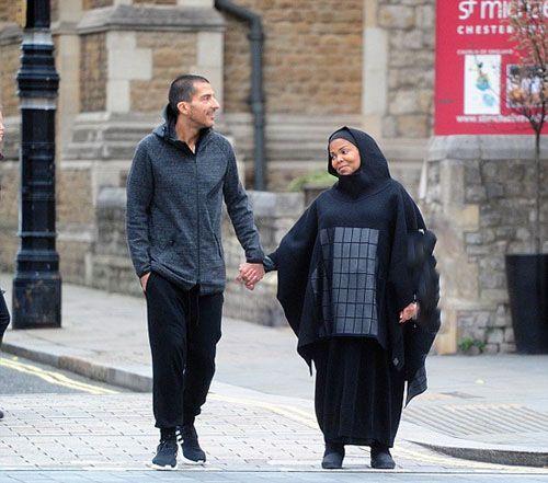 خواهر مایکل جکسون با حجاب اسلامی و لباس بارداری