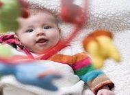 بازی با کودکان در ماه های اول تولد