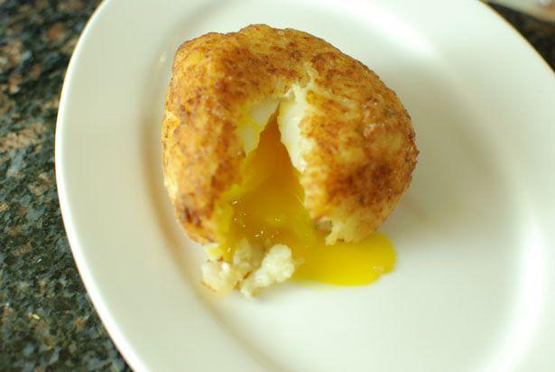 تخم مرغ با روکش پوره سیب زمینی را امتحان کنید