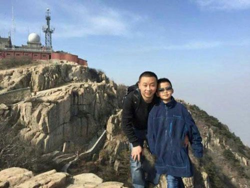 از خودگذشتگی پسر 8 ساله به خاطر پدرش