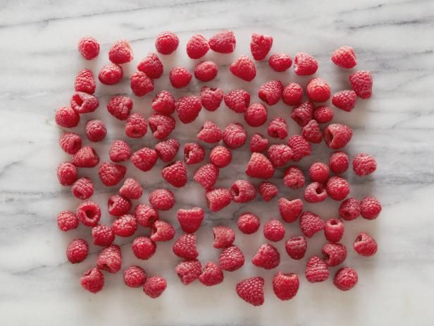 عکس 100 کالری در مواد خوراکی مختلف