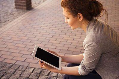 جامعه تلگرامی و اینستاگرامی منزوی و گوشه گیر