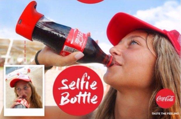 با بطری کوکاکولا عکس سلفی بگیرید