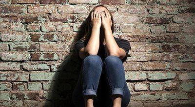 تجاوز پدر و پسر به دختر 14 ساله و باردار شدن وی