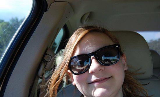 ماجرای وحشتناک سلفی این دختر در ماشین