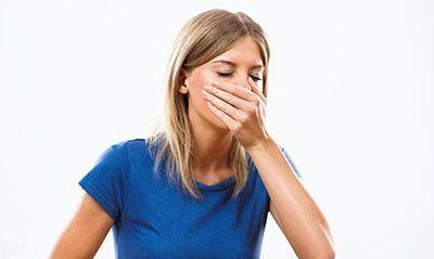 10 راه برای رفع حالت تهوع انسان