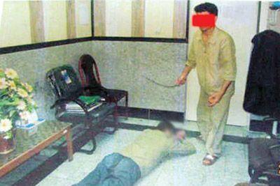 شک به رابطه پنهانی زن و شکنجه با شلنگ