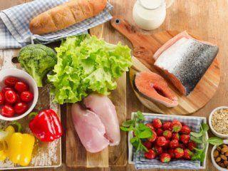 اهمیت تغذیه در دوران بلوغ و نوجوانی
