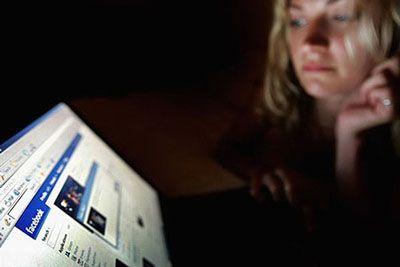خیانت زن و شوهرها در اینترنت