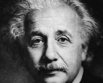 جملات ناب و خواندنی از آلبرت انیشتین