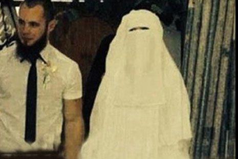 داعشی ها مراسم عروسی دسته جمعی گرفتند