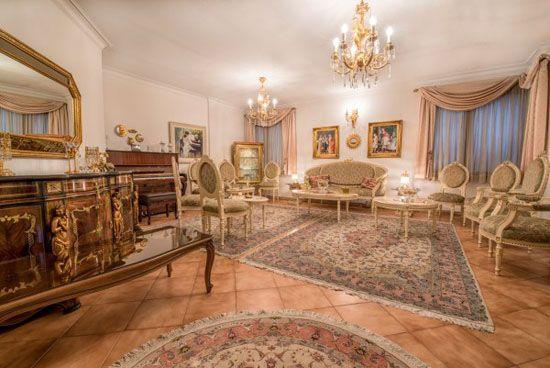 دکوراسیون کلاسیک زیبای خانم هنرور در مشهد