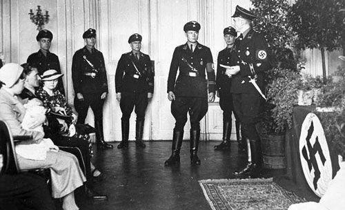 تفکر هراس انگیز هیتلر درباره نژاد و اصالت