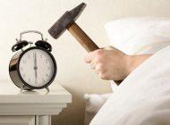وقتی بیدار می شوید این کارها را نکنید