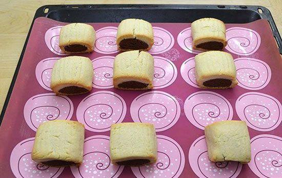 شیرینی دورنگ بهترین تغذیه کودکان