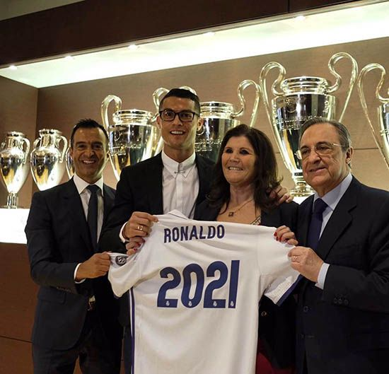 قرارداد رونالدو تا 2021 با رئال مادرید تمدید شد