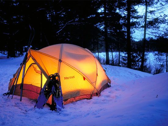 آموزش زدن کمپ در هوای سرد و برفی