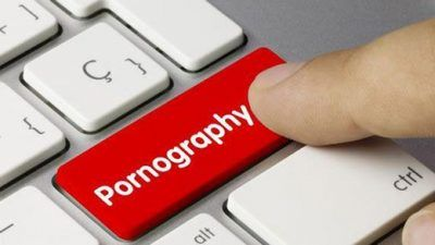 تصورات غلط درباره دیدن فیلم های پورن