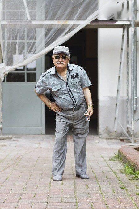 خوش تیپ ترین پیرمرد دنیا را ببینید