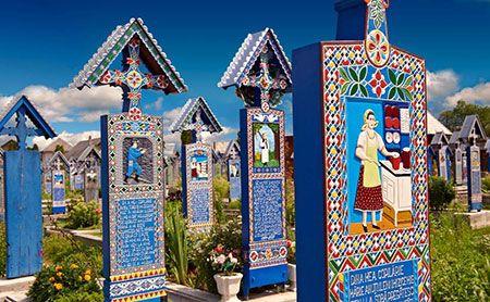 قبرستان آبی و شاد در رومانی را ببینید