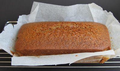 کیک عسل و زنجبیل را در پاییز میل کنید