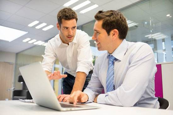 مدیران و ارتباط مناسب با کارمندان مجموعه