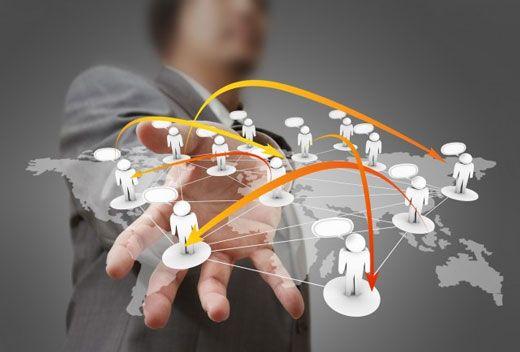 بررسی مسیر موفقیت غول های تجاری دنیا