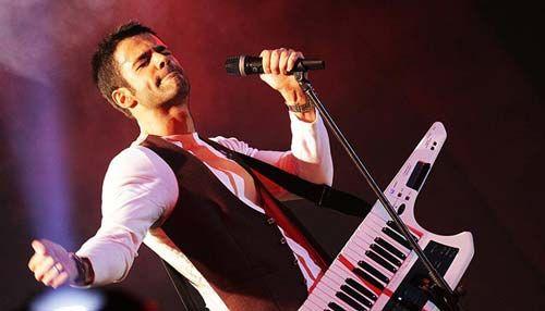 گفتگوی صمیمی با سیروان خسروی خواننده محبوب