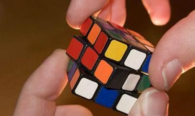 ترفند جالب برای حل کردن مکعب روبیک