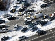 چگونه در جاده های برفی و یخ زده رانندگی کنیم؟