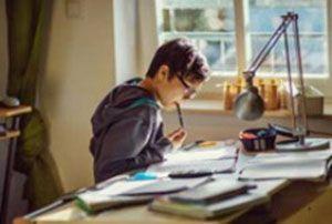 اشتباهاتی که در زمان درس خواندن مرتکب می شویم