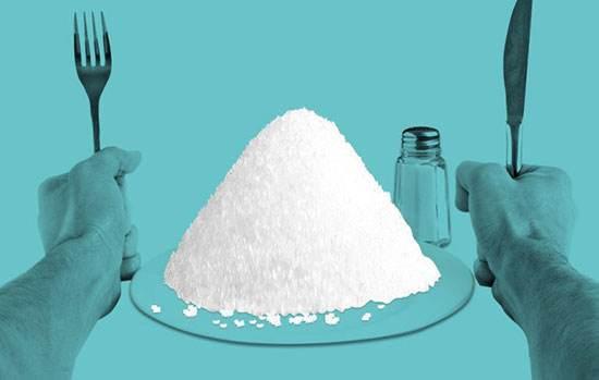 مصرف بی رویه نمک و عواقب ناگوار سلامتی