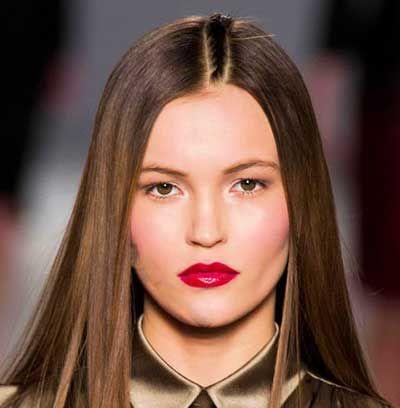 بهترین آرایش لب به رنگ قرمز برای زمستان