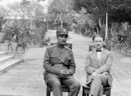درباره اقدمات رضا خان برای شاه شدن
