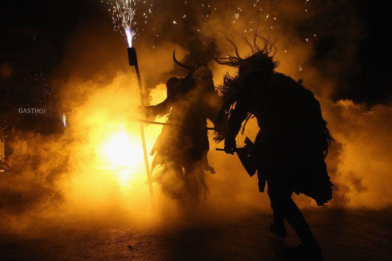 عکس های ترسناک فستیوال کرامپس ها در کریسمس