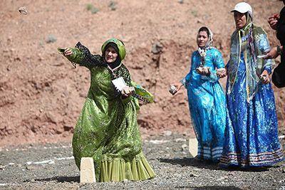 روش ها و اصول بازی های محلی کشور ایران