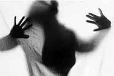 تجاوز جنسی پیرمرد 96 ساله به دختر 10 ساله