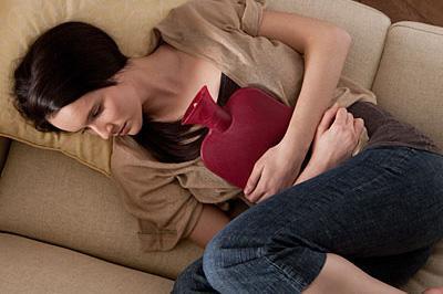 همه علت های درد ناحیه شکم خانم ها