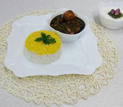 آموزش آشپزی قورمه سبزی به سبک آذری ها