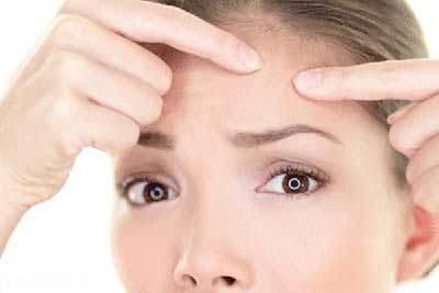 روش های درمان و بهبود جوش های زیر پوست